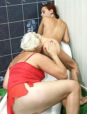 Lesbian Girls Ass Licking Porn Pictures
