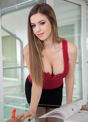 Girls Secretary Porn Pictures